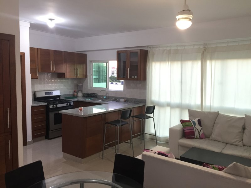 2 bedroom apartment with 2 bathrooms