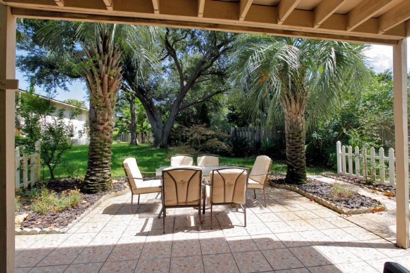 Patio with Tropical Landscape