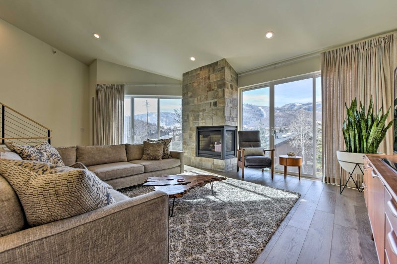 Park City Townhome - 1 Mile to Sundance & Downtown, vacation rental in Park City