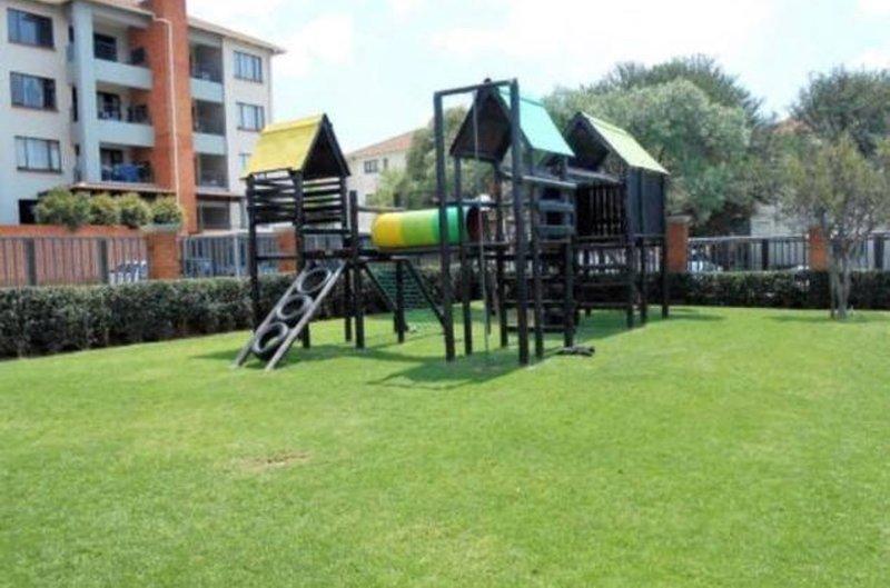 zona de juegos infantiles en el sitio privadas.