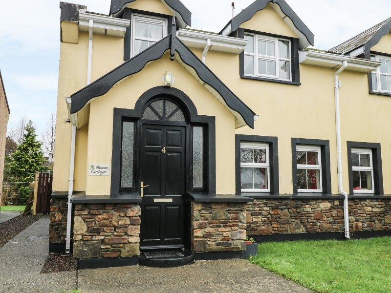 ROWAN COTTAGE, en-suite, WiFi, near Killarney National Park, Ref 961821, holiday rental in Templenoe
