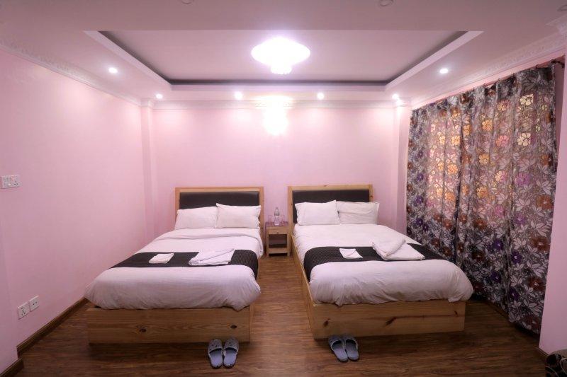 Family Room Near Patan Durbar Square, holiday rental in Madhyapur Thimi