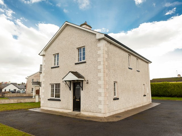 Gurteen, nr Sligo Bay, County Sligo - 16508, vacation rental in County Sligo