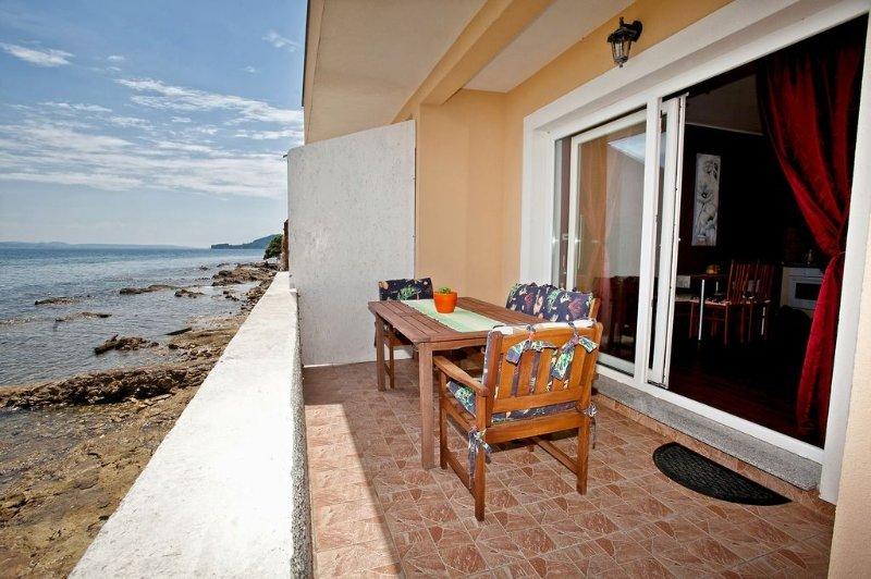 Apartment 3617-4 for 5 Pers. in Poljana, holiday rental in Polvljana