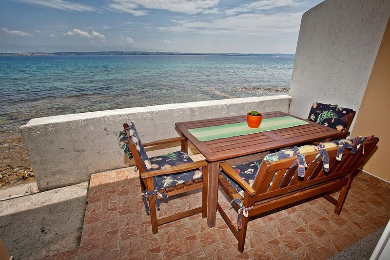 Apartment 3617-5 for 5 Pers. in Poljana, holiday rental in Polvljana