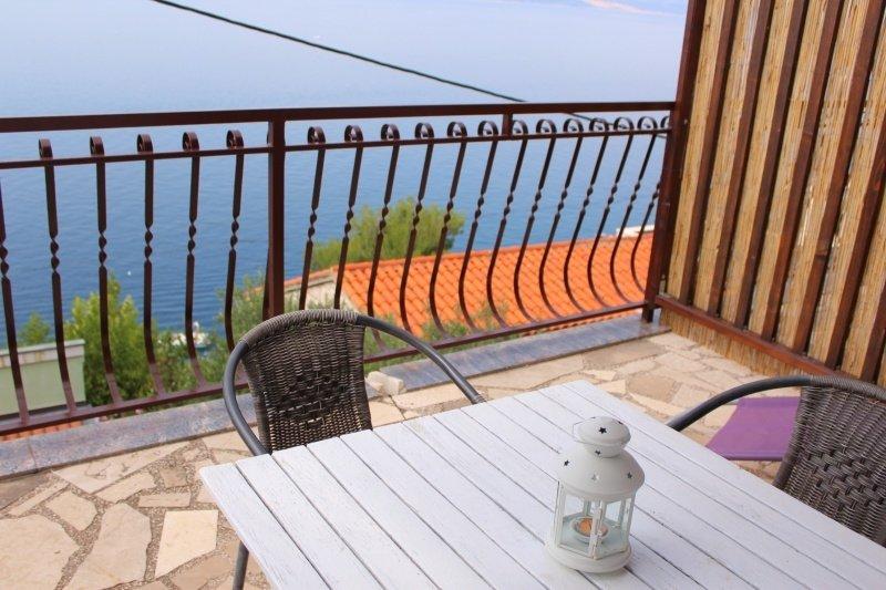 Apartment 3817-3 for 4+1 Pers. in Pisak, holiday rental in Pisak