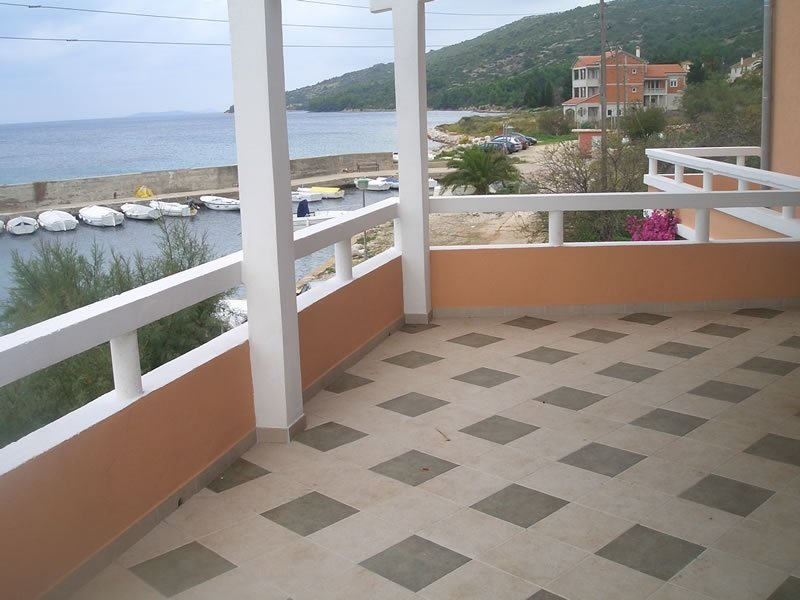 Apartment 3749-1 for 6 Pers. in Soline, holiday rental in Soline