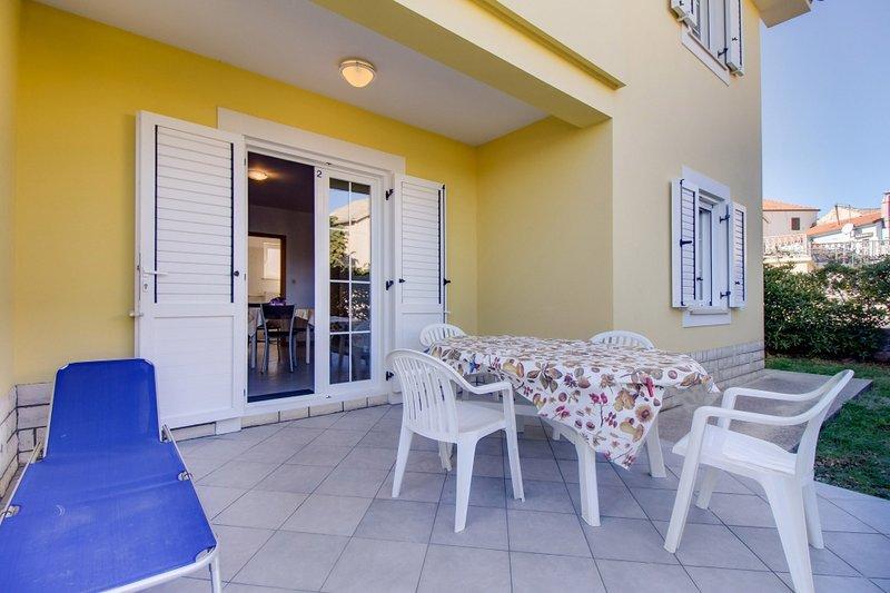 Ferienwohnung 3587-2 für 4+1 Pers. in Nerezine, vacation rental in Nerezine