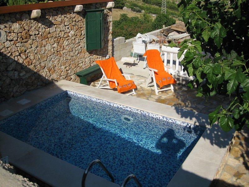 Robinsonhaus 3414-1 für 4 Pers. in Bol, location de vacances à Murvica