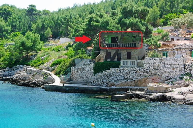 Apartment 217-1 for 4 Pers. in Karbuni, holiday rental in Blato