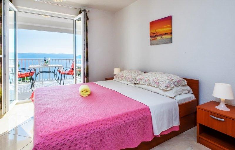 Apartment 90-6 for 4 Pers. in Pisak, location de vacances à Slime