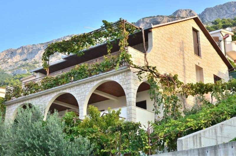 Apartment 77-1 for 3+1 Pers. in Pisak, location de vacances à Pisak