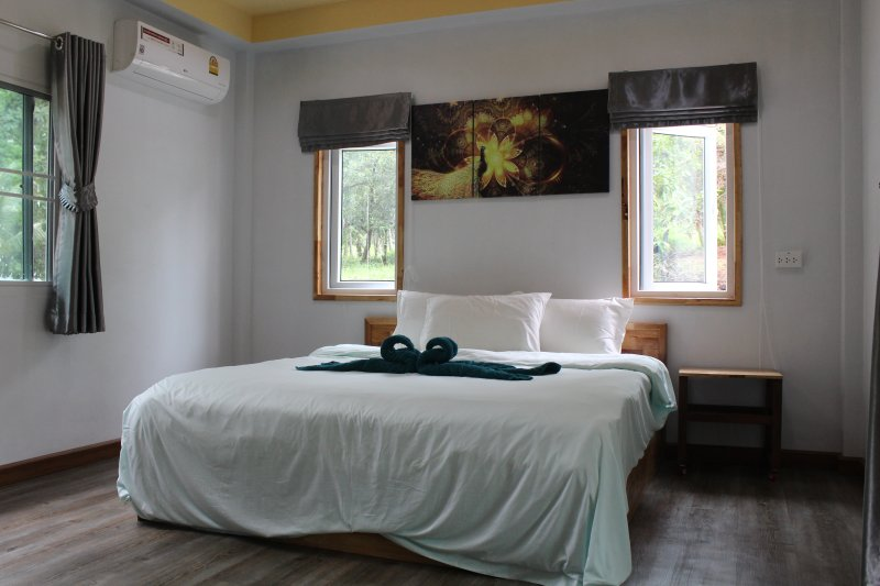 Traveling it leaves you speechless,then turns you into a storyteller, vacation rental in Baan Tai