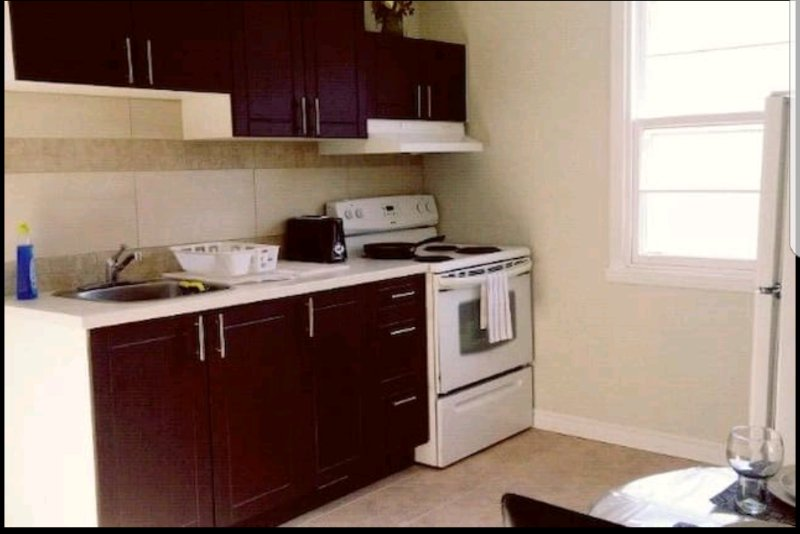 ❤️❤️LOVELY HOME ❤️❤️ Best location ❤️ Wifi + Parking, vacation rental in Blainville