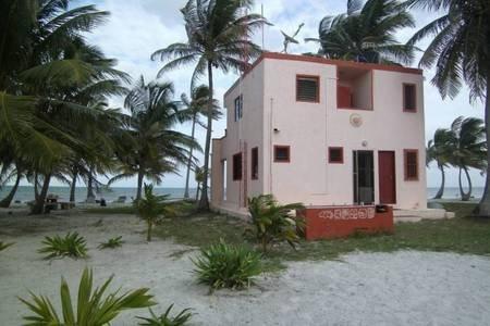 Ivy's Fish Lab, holiday rental in Costa Maya