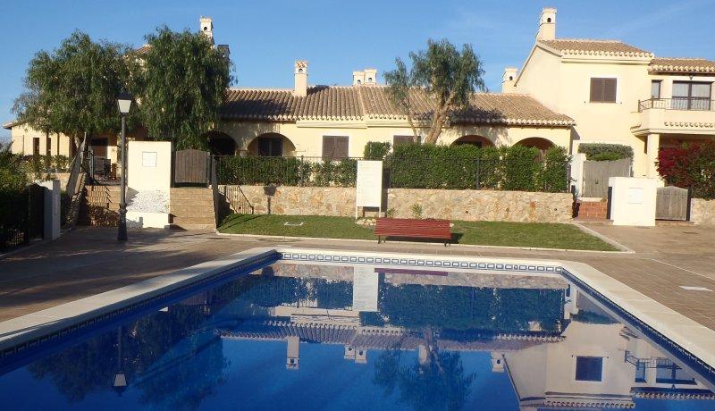 Sweet Hacienda, acogedora villa para el disfrute del sol, las playas y el golf, location de vacances à Fuente Alamo