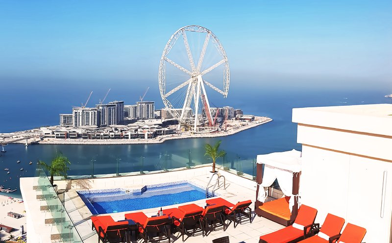 The private amazing terrace pool. unic in jbr beach walk