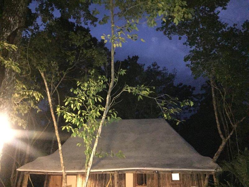 Vista noturna da Cabaña