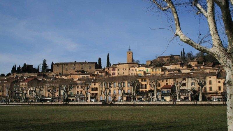 Village Jouques 3