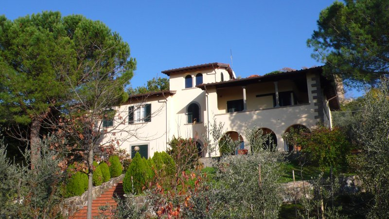Villa il Melograno: elegant and welcoming with all appropriate services for a perfect stay