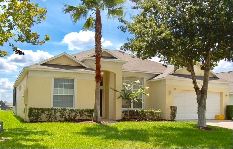 Single Story 4 Bed Pool Home