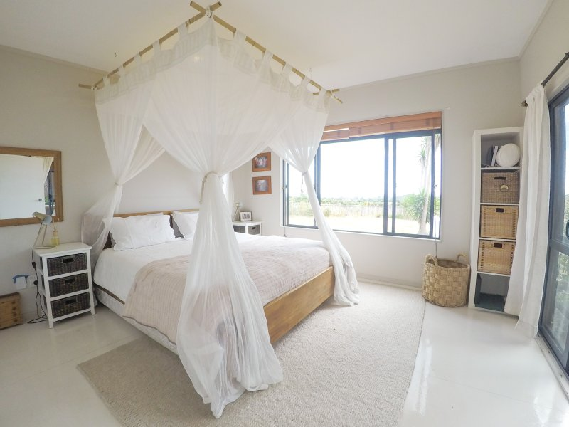 Master bedroom, super king bed