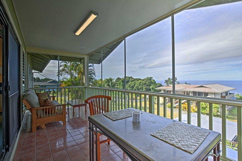 Comece suas férias Big Island neste 3 quartos, alojamento de férias 3 banheiros casa em Holualoa que dorme 8 pessoas!