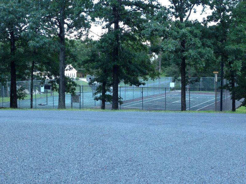 tennis e campi da pallone cestino