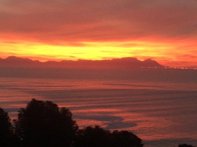 puesta de sol vista desde la terraza privada