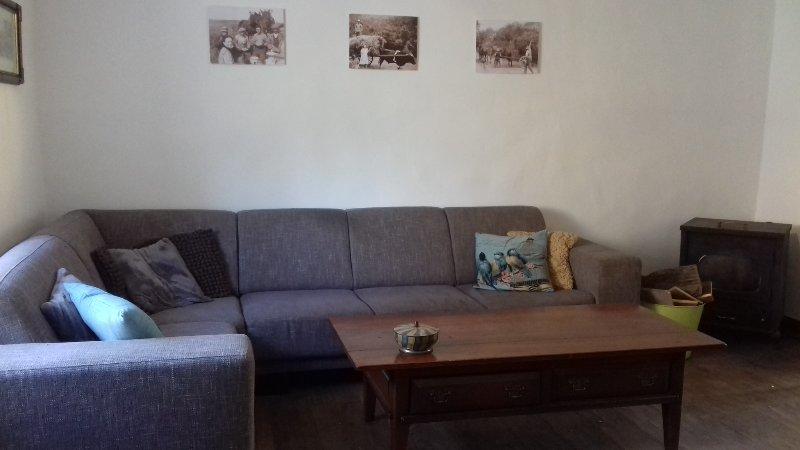 Vakantiewoning in gerestaureerde Ardense hoeve voor 8 personen, holiday rental in Bertogne