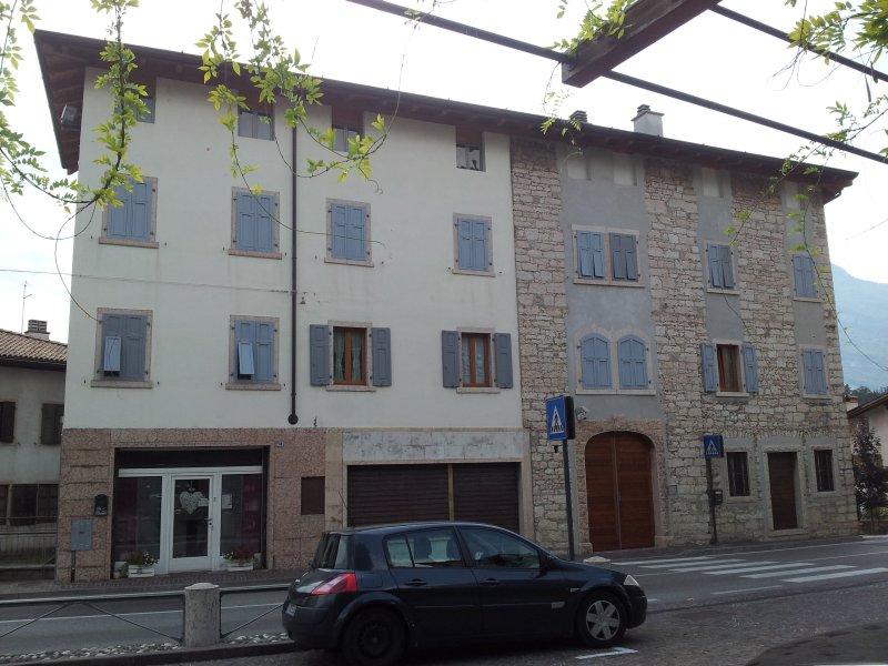 casa 'dinoti', vakantiewoning in Calavino