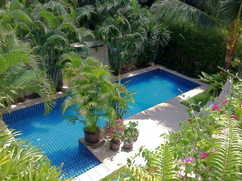 Stor 10m x 3,5 m pool