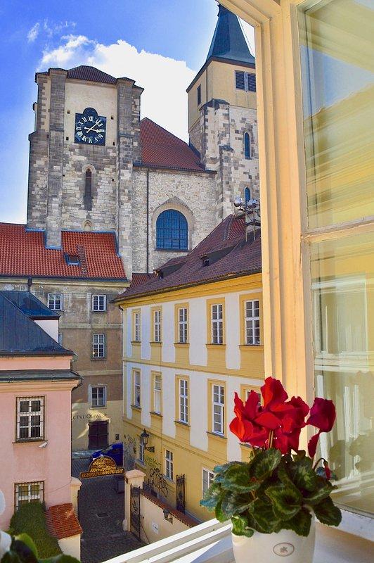 Eglise St Giles Vue de la fenêtre de chambre.