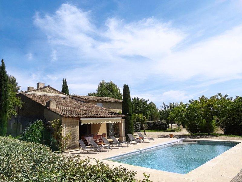 MAS du PERUSSIER - LA PISCINE- Provence, Luberon, Maison, Piscine, 6 personnes, vacation rental in Cucuron