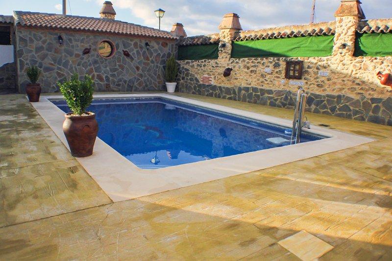 Casa Blas - Alojamientos Rurales La Esperanza, alquiler de vacaciones en Setenil de las Bodegas