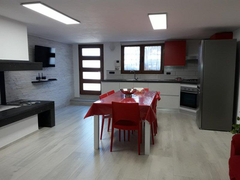 Appartamento centralissimo Tortolì Ogliastra, vacation rental in Arbatax
