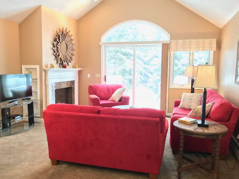 3 BR 2 BA in Fairway Village at Bretton Woods/Mount Washington Hotel, holiday rental in Whitefield