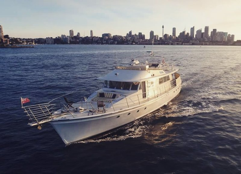 80ft Australian Built Motor Yacht, vacation rental in Milsons Point