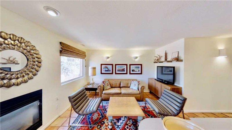 Steel Bender Retreat ~ 3293, vacation rental in Moab