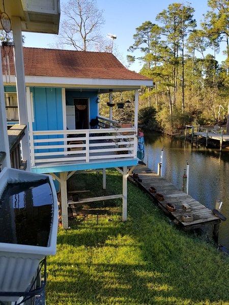 Waterfront Vacation Home, casa vacanza a Pearlington
