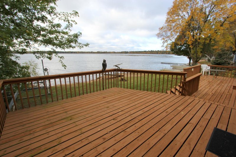 Escape to Gladstone Lake when you stay at this vacation rental cabin in Nisswa.