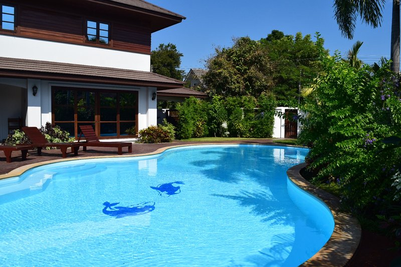 Spectacular 7 bedroom luxury villa with private swimming pool and tropical gardens