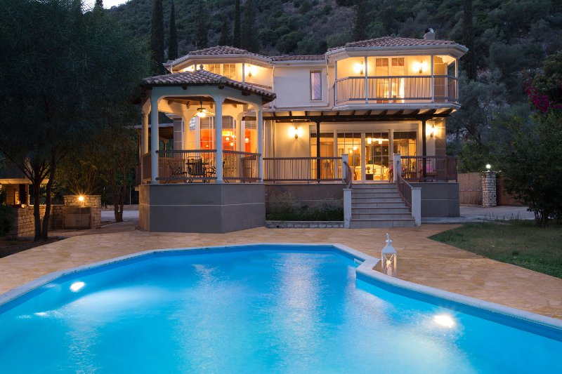 Sunset view of Luxury Villa Rina