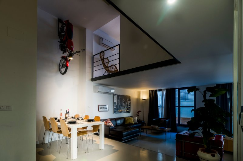 DESIGN LOFT with POOL AC WIFI (VFT/SE/1105), vacation rental in Seville