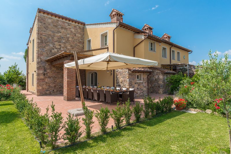 DIMORA SAN JACOPO 20+1 WONDERFUL VILLA WITH POOL FOR YOUR HOLIDAYS IN ITALY