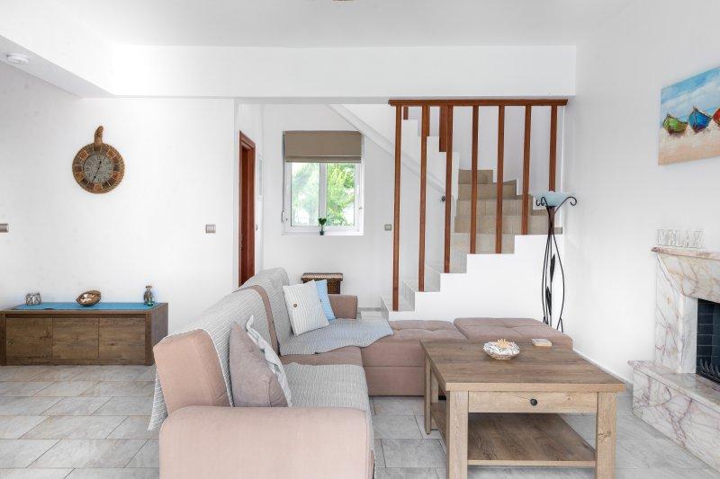 Living Room leidt tot Kitchen