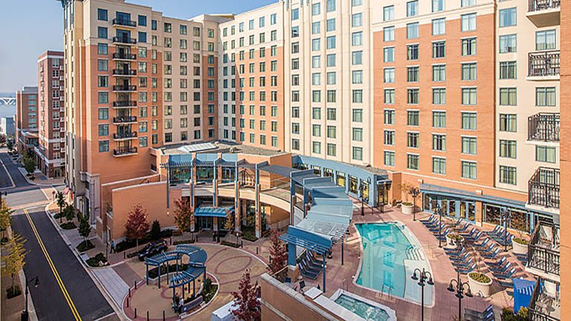Wyndham Vacation Resorts at National Harbor - 3 Bedroom Deluxe w/Balcony, holiday rental in Fort Washington