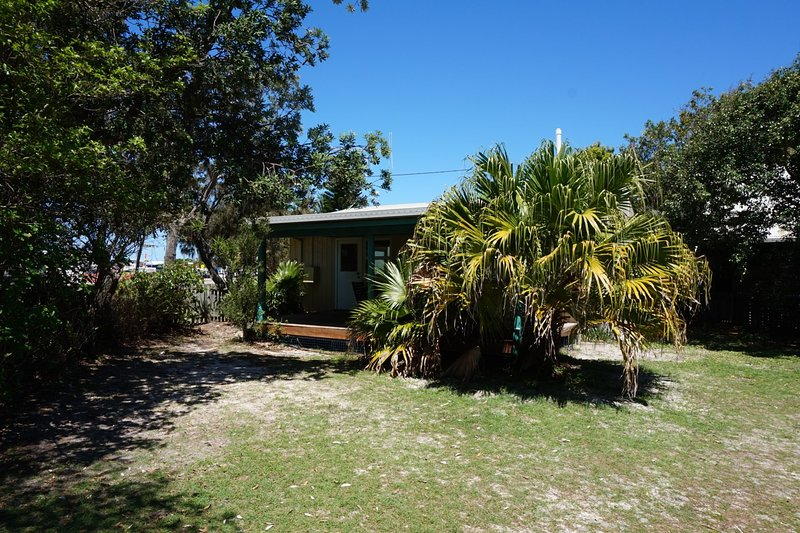 The Shack - Rainbow Beach, vacation rental in Gympie Region
