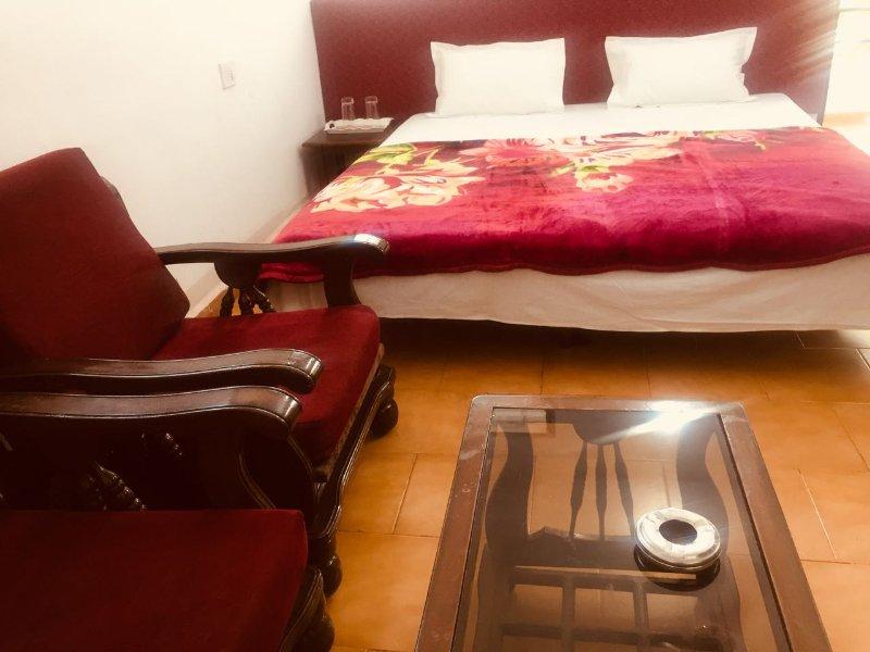 Beachaholic Homestay - Bedroom 1, holiday rental in Chapora
