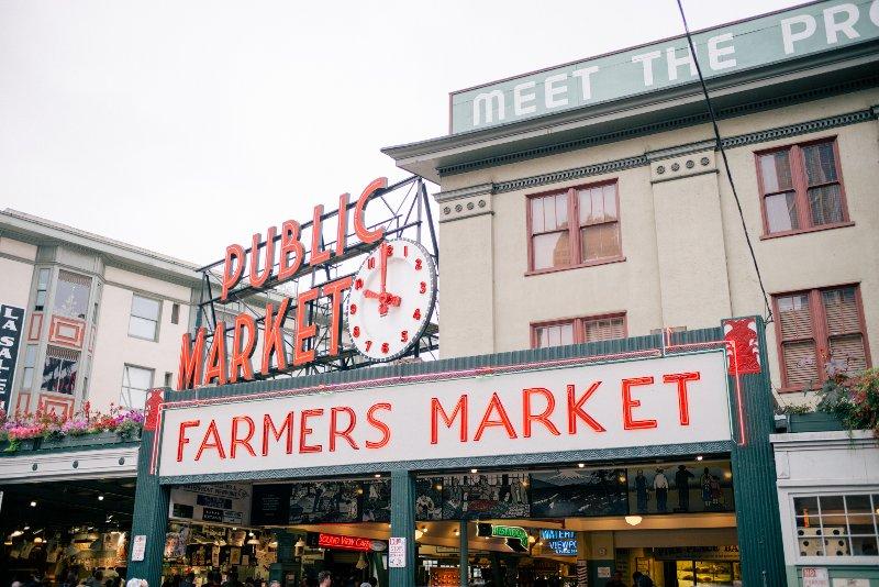 4 miglia e un facile (diretta) corsa in autobus al centro di Seattle e Pike Place Market.